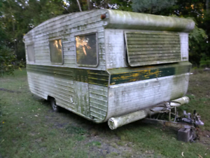 Old Caravan Wanted  PAY CASH free Tow Removal /