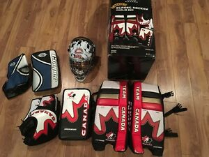 Ball hockey nets and goalie equipment in very good condition.