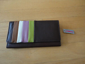 women's brown wallet Brand new with tags London Ontario image 1