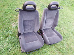 2003-2007 Saturn Ion Two Front Seat
