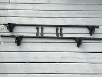 Gently Used ~ Yakima Roof Rack