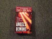 Dan Brown - Angels & Demons - Paperback (569 pages)
