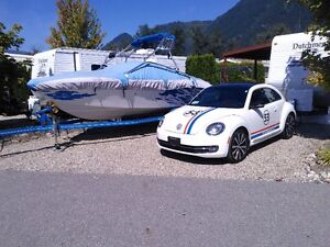 2013 Volkswagen Beetle 2.0T Turbo R-Line Coupe (2 door)