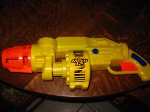 Buzz Bee Toys Air Warriors Mech 12