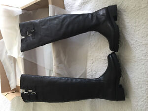 Brand new in box ZARA - OVER-THE-KNEE FLAT LEATHER BOOTS size 5