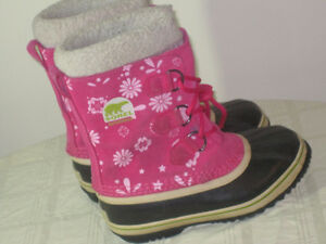 Girls Sorel Winter Boots - Size 3 - $30.00