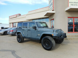 2014 Jeep Wrangler Sahara Unlimited - Leather, NAV, BDS Lift