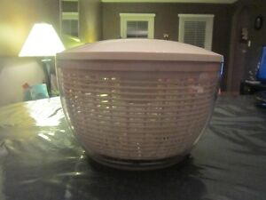LARGE OXO SALAD SPINNER