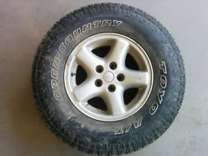 """4 Open Country Toyo A/T 30x9.5 R15 tires on Jeep wheels 5x4.5"""""""