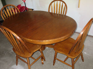 Home Furniture Wooden Table, 4 chairs and one leaf Kitchener / Waterloo Kitchener Area image 1