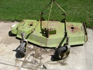 Ford 930 3 pt hitch finishing mower