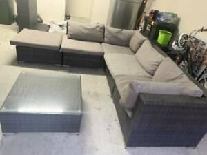 outdoor wicker lounge sofa