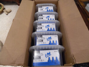 Ideal 30-454 Wing-Nut Wire Connector Blue Marette box of 250 Kitchener / Waterloo Kitchener Area image 1