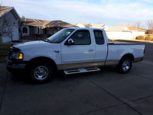 Mint 1999 Ford F150 XLT Extended Cab Short Box