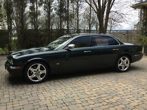 2006 Jaguar XJ8 Vanden Plas Sedan