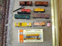 ***SOLD***Miscellaneous Ho Model Plastic Trains miniature