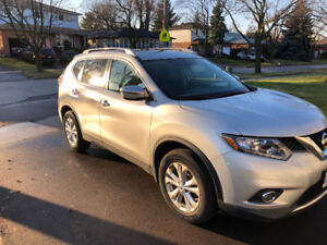 2016 nissan rogue sv AWD  lease take over