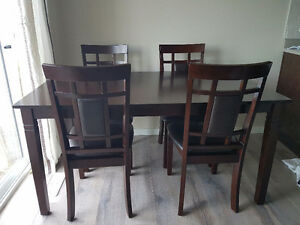 Woodan dining table set.