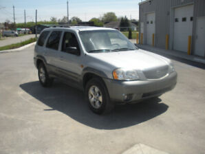2002 Mazda Tribute 6 Cylinder (2002)  Only 90,000 KM