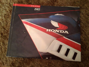 The 1985 Honda Line of M/Cs Booklet