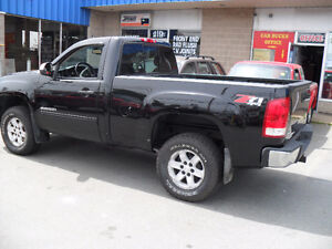 2010 GMC Sierra 1500-SHORTY -SPORTY-4X4-5.3L-AUTO