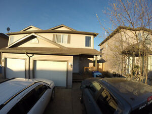 Fully equipped Town home (Timberlea)