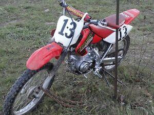 2001 XR100R