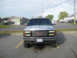 92 gmc sle 4 x 4 pick-up extend a cab great parts truck