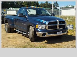 2004 Dodge Power Ram 3500 Pickup Truck   DUALLY