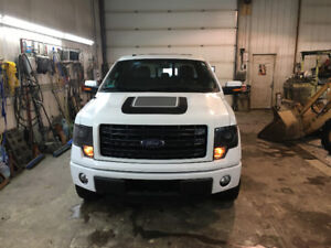 2014 Ford F-150 SuperCrew FX4/FX Appearance Pickup Truck
