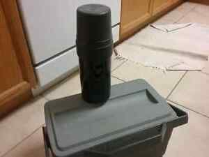 Lunch box with thermos Kitchener / Waterloo Kitchener Area image 2