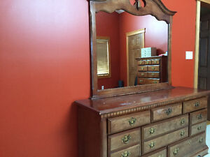 4 piece bedroom set including mirror