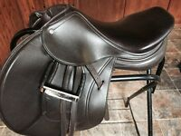 Schleese Merci jumping saddle