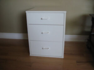 night stand or end table size 21 high by 16 wide 16 deep good c