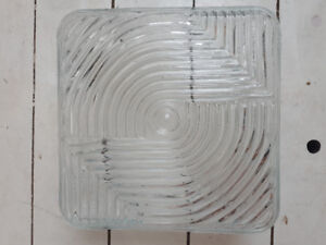 8 wired square beveled glass lights