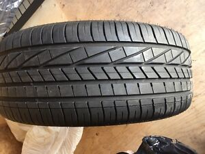 GoodYear excellence runflat 245/40r20