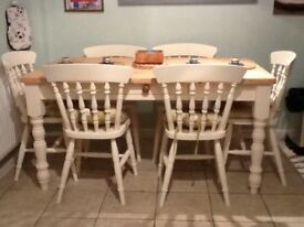 Family pine farmhouse dining table (6) chairs