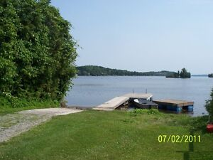 WATERFRONT - PARK MODEL 2 BEDROOM 12X44 WITH 12X8 PORCH Peterborough Peterborough Area image 9