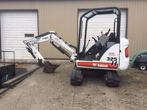 Bobcat 325 mini excavator with only 67hours on it for sale