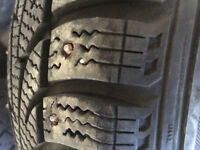 185/60 R15, 3 WINTERCLAW tires in great condition