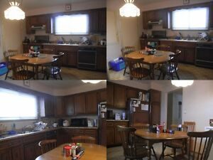 One room left, student only, Jan-Apr, 4 months, close to UW Kitchener / Waterloo Kitchener Area image 3