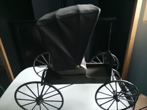 MODEL OF A MENNONITE BUGGY