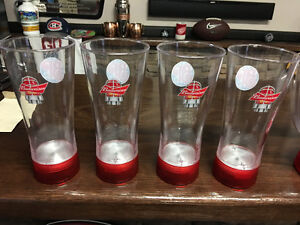 Budweiser Red Light Pitchers and Beer Glasses Set - RARE Peterborough Peterborough Area image 2