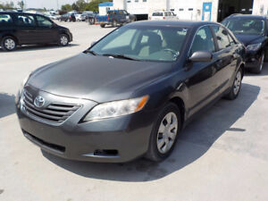 2009 Toyota Camry LE Sedan, Cheapest and very clean