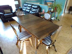 Ensemble vintage table et 4 chaises restauré en chêne