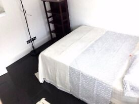 lovely room next to Ilford 07404133320 for 120pw