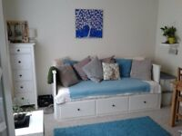 Fully Furnished Studio Flat In St. Austell (Short and Long-term Lets Welcome)