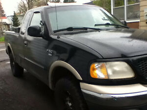 2000 Ford F-150 SuperCrew Pickup Truck