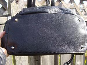 Beautiful BLACK PEBBLED LEATHER DANIER Hobo Shoulder Bag EUC London Ontario image 5