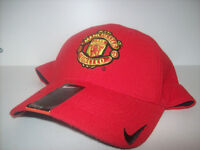 MANCHESTER UNITED NIKE FLEXFIT CAP MEDIUM-LARGE CASQUETTE City of Montréal Greater Montréal Preview